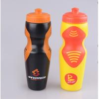 China custom logo 600ml round drink PE sports Plastic water bottle with TPR wholesale