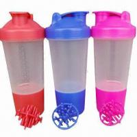 China 500mL Patented shaker blender/plastic water bottles with mixing ball or strainer wholesale