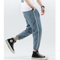 China Small moq clothing manufacturers  11Z To 130Z Fabric Men Pants Light Blue Cropped Trousers With Pockets wholesale