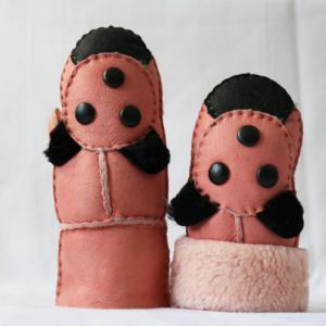 China kids Wholesale 100% Genuine Sheepskin Lamb Fur Leather Gloves on sale