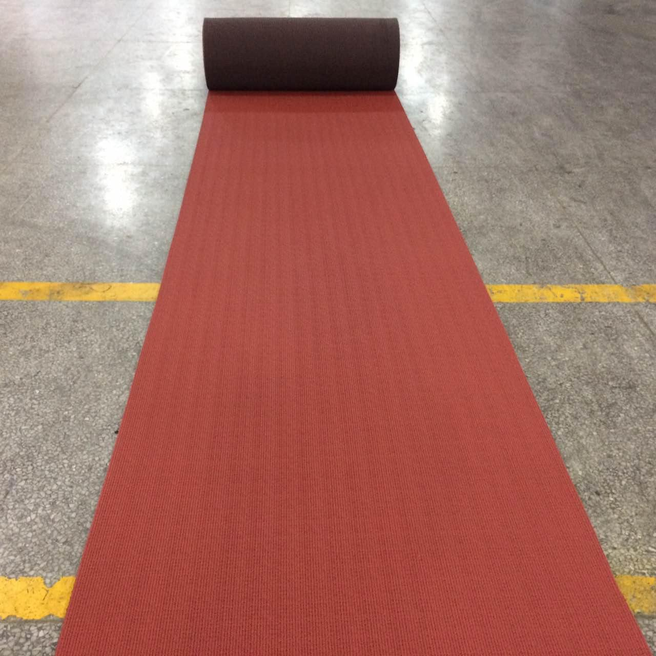 China IAAF certified staium rubber track runway material wholesale
