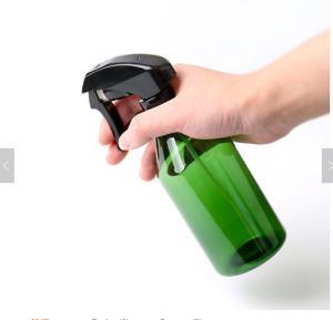 China Amber 500ml Plastic Trigger Spray Bottle for Liquid Detergent, Cylinder Barber Shop Hair Spray Bottle wholesale