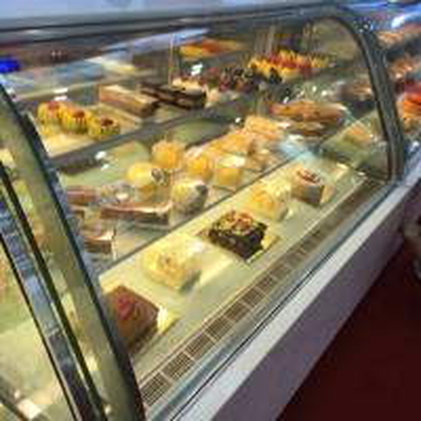 90l Mini Cake Display Refrigerator Cake Chillers Fridge