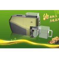 China 18 kinds Optional raw material intelligent cold press fresh nergy-saving low noise soybean oil expeller Supplier