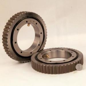 China cross roller slewing ring bearing trailerMANITOWOC SH200C2 technics turntable swing ring wholesale