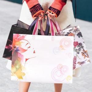 China Fashion Logo Printed Laminated Non Woven Carry Bags , Non Woven Shopping Bag wholesale