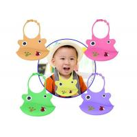China Cartoon Printing Colorful silicone bibs with crumb catcher Waterproof  Soft wholesale